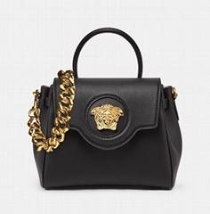 LA MEDUSA Black HANDBAG WITH GOLD MEDUSA HEARD CHAIN SHOULDER BAGS  (Hot Product - 3*)