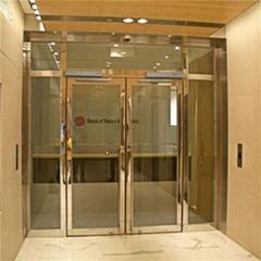Signal sensing principle of automatic door