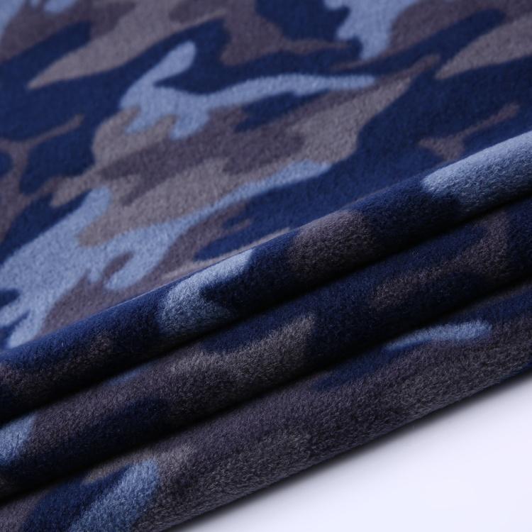 New design soft knitted polar fleece fabric camo 100%polyester for jacket men  1