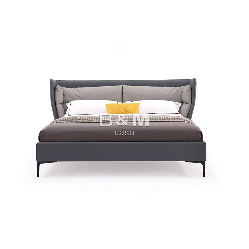 King Upholstered Bed   upholstered bed   kingsize leather beds  1