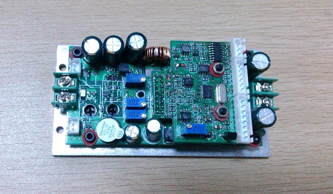 半導體蝶型激光器驅動電源的高精度溫度控制 1