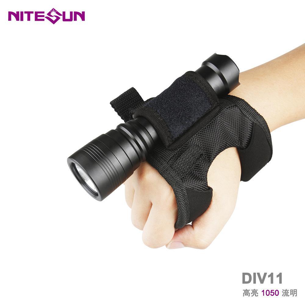 廠家直銷跨境熱款強光潛水LED手電筒DIV11深度技術潛水備用探照燈 4