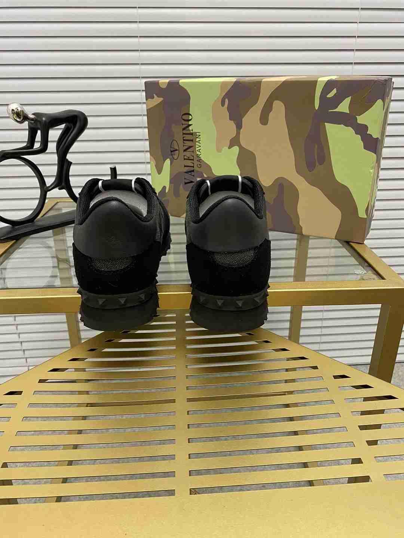 Garavani women Camouflage Noir Sneaker wholesale fake shoes 11