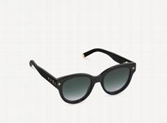 Z1526W My Monogram Round Sunglasses Gold-color    Initials Monogra