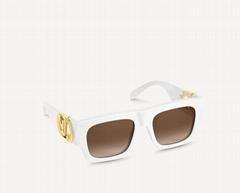 glasses Z1542W    Link Square Sunglasses bold frame square shape