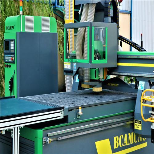 1325E woodworking cnc machine bcamcnc wood cutting machine cnc router for furnit 4