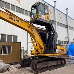 沃尔沃210挖掘机驾驶室升降改装