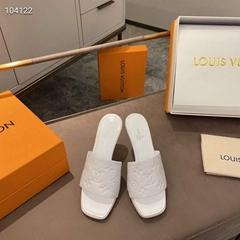 newest    leather sandal,1:1 quality    slipper,top replica    slipper,white