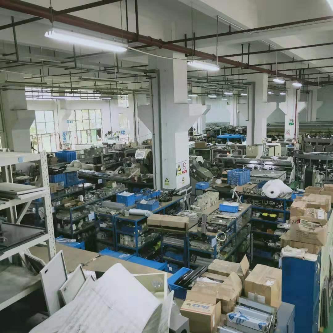 Automatic CNC Servo Silk Screen Press Multicolor UV Tube Printer 3