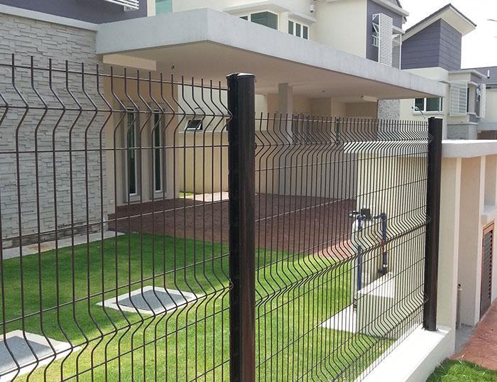Peach Post Fence 1
