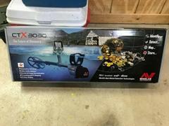 New Minelab CTX 3030 Waterproof Metal Detector - Black
