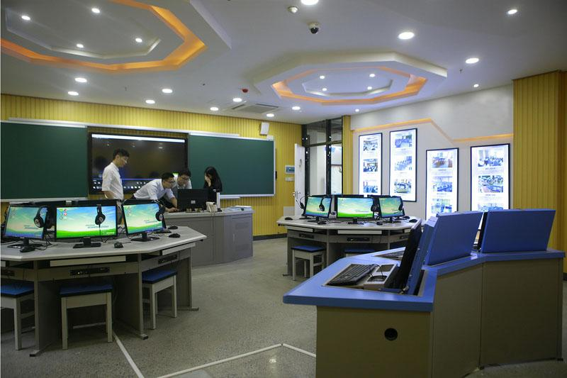 計算機網絡化多媒體教室 1