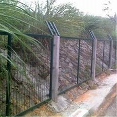 铁路防护栅栏,铁路隔离栅,铁路围栏网