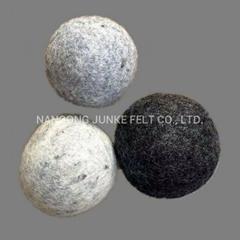 100% Wool Dryer Balls