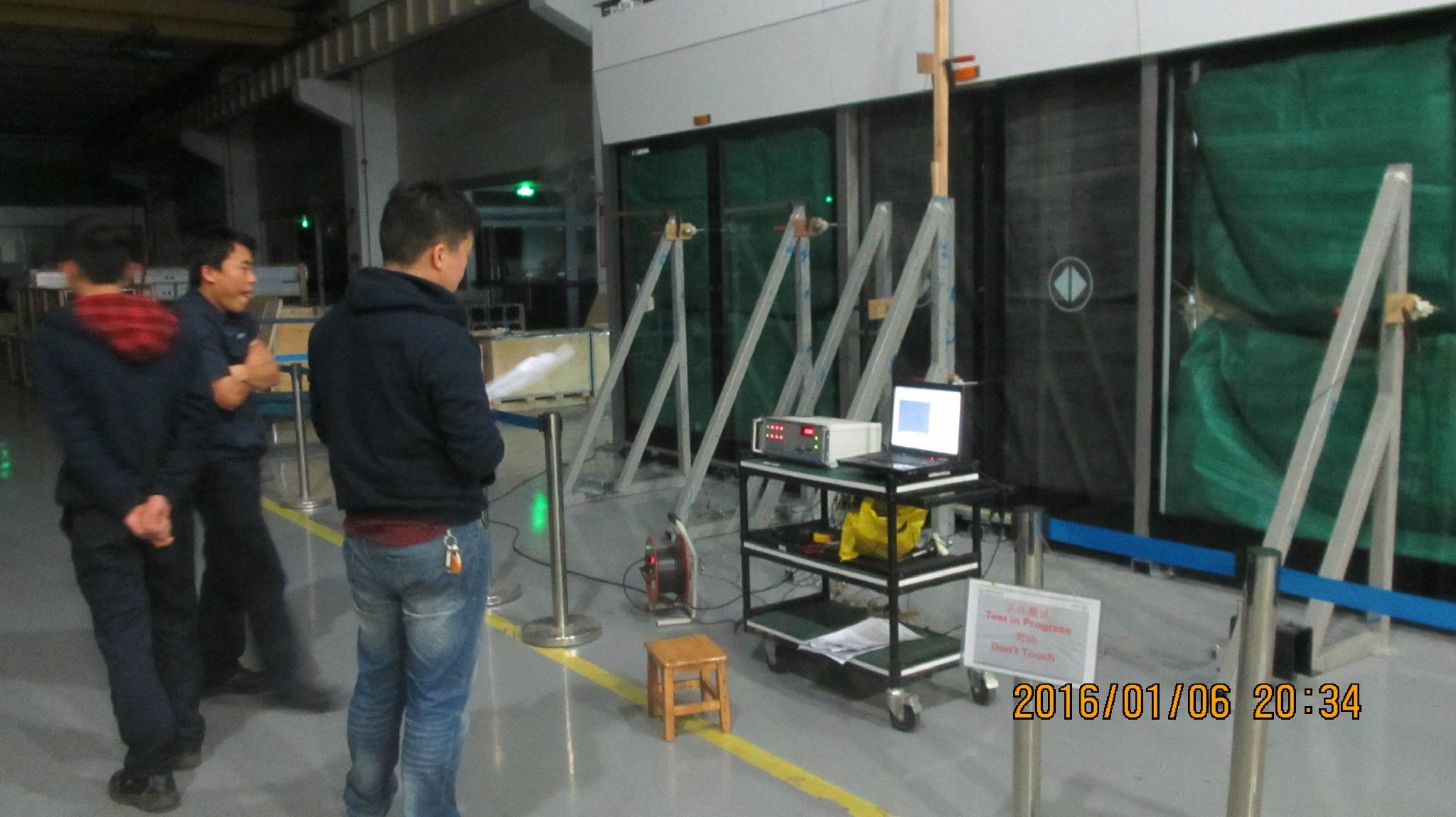 地鐵屏蔽門載荷變形量測量系統 4