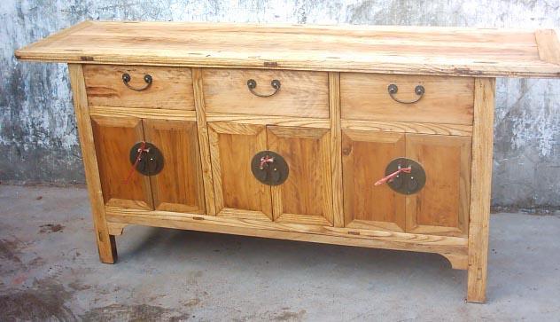 antique re[roduction buffet 6 doors 3