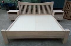 榆木大床,帶兩個床頭櫃,床墊