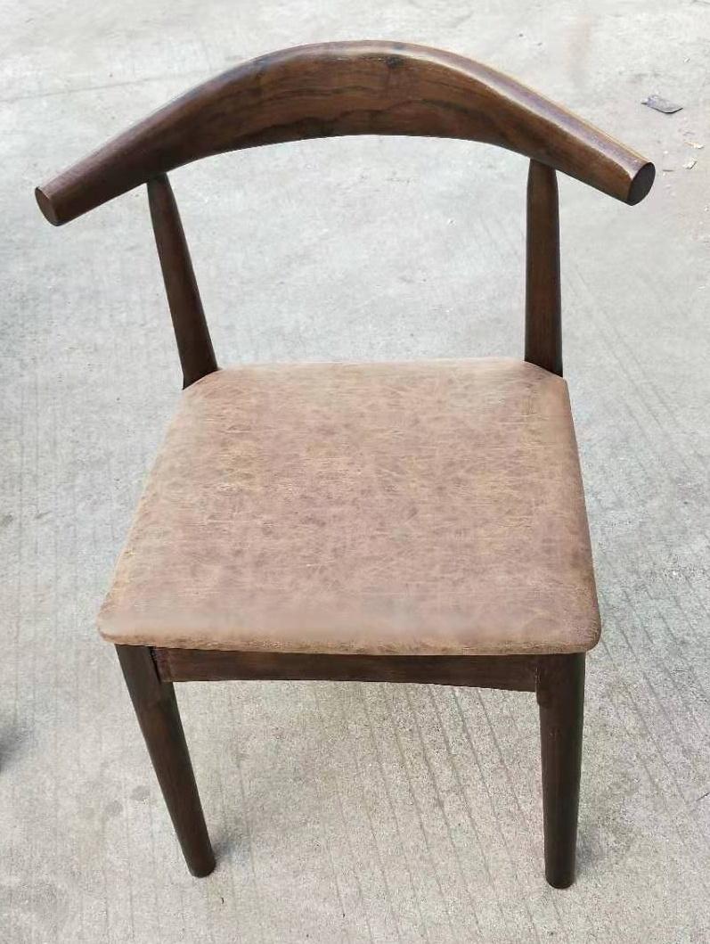 白蠟木餐台,配6張餐椅 2