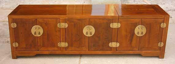antique re[roduction buffet