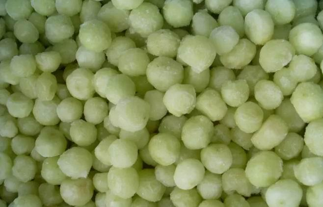 IQF Grapes Wholes,Frozen Grapes Pulp,peeled,seedless 1