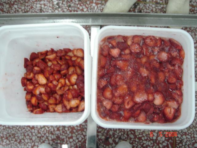 Frozen Strawberries in Sugar ,Frozen Strawberries with Sugar,slices/wholes 10