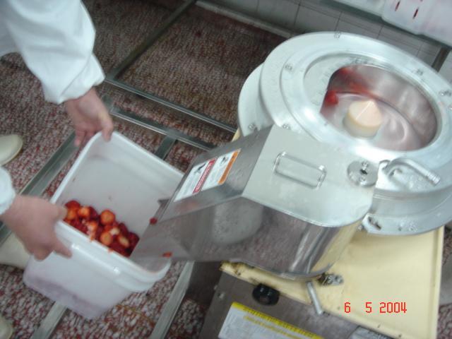 Frozen Strawberries in Sugar ,Frozen Strawberries with Sugar,slices/wholes 6