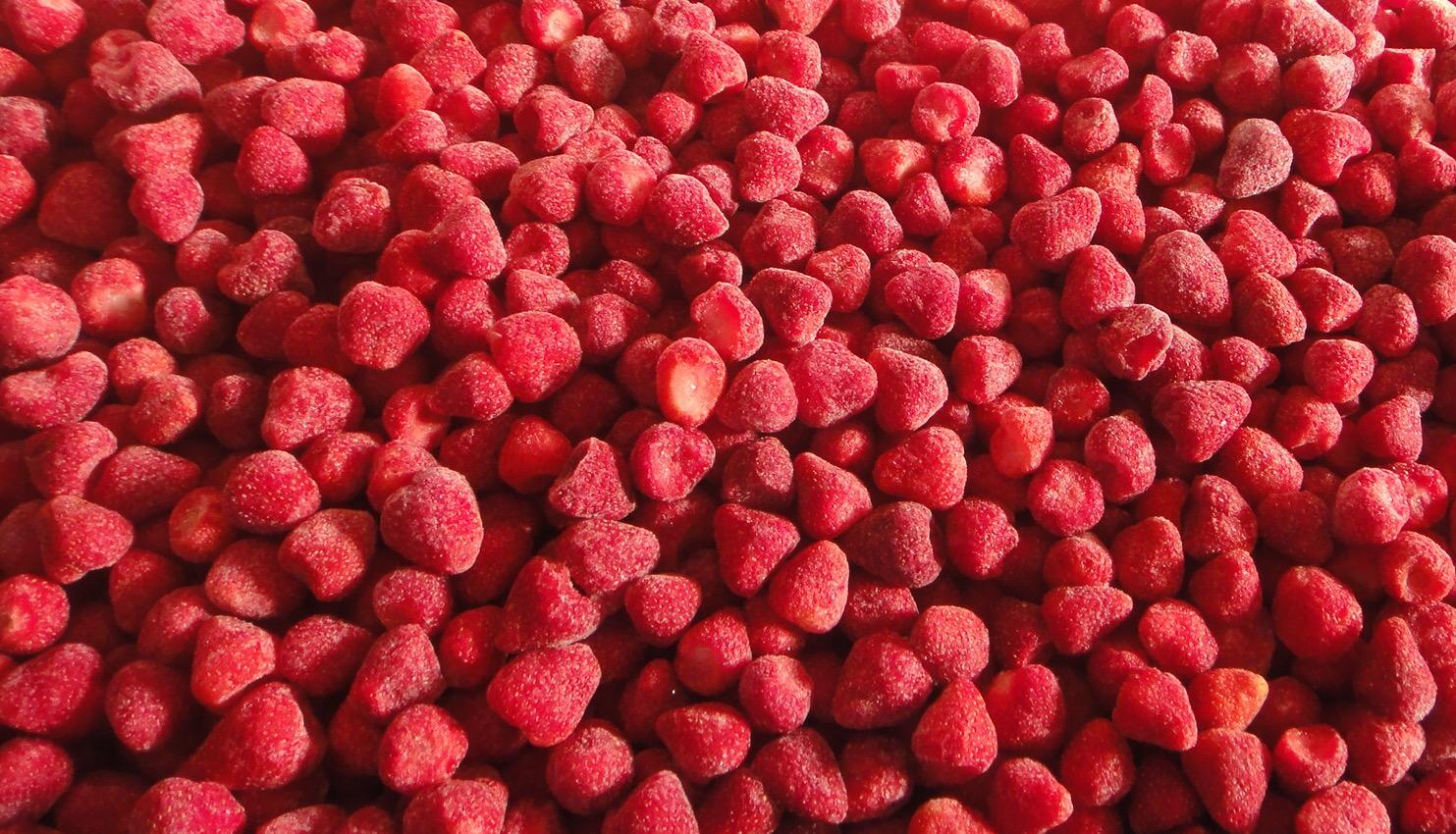 IQF Strawberries,Frozen Whole Strawberries,IQF Strawberry,American no.13 variety 5