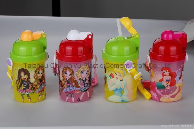 儿童运动水壶 2