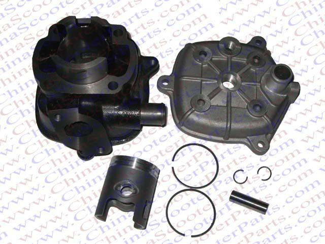 Chinese scooter parts /Cylinder kit for 2 stroke Water