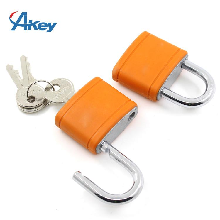 Steel shackle 5 pin security gym padlock in customer logo plastic cover 3