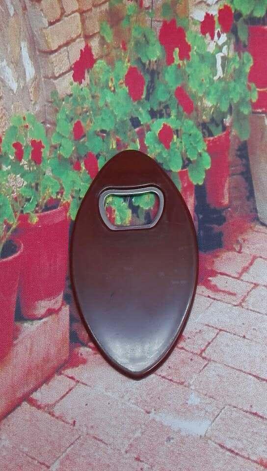 Plastic shuttle opener  1613890 10
