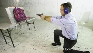 公司自研开发的防弹书包,实用安全
