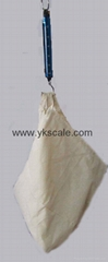 Hanging scale with bag 5-15kg