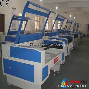 上海昇降平台二氧化碳激光雕刻機 3
