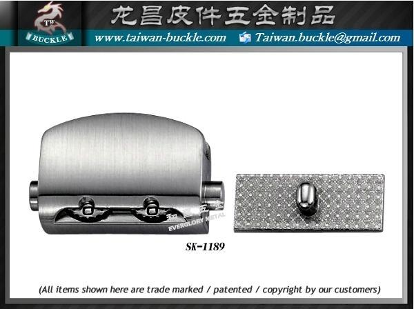 皮件五金 品牌包配件 鉤環 2