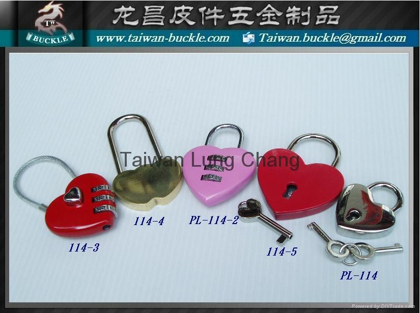 Love heart-shaped lock password lock luggage lock  1
