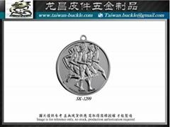 Metal tag custom Design production factory Metal brand accessories