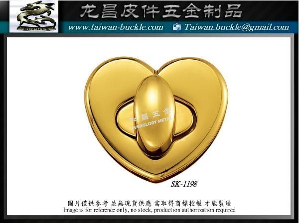 Metal tag custom Design production factory Metal brand accessories 2