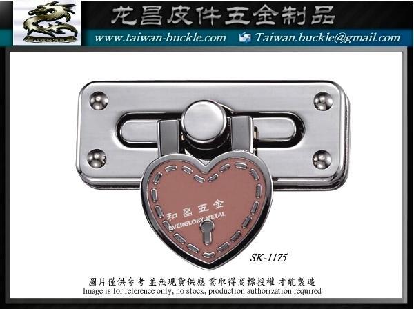 金屬LOGO 托特包 五金銘牌配件 開發 設計 打樣 製造 6