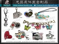 Taiwan Rhinestone Charm tag