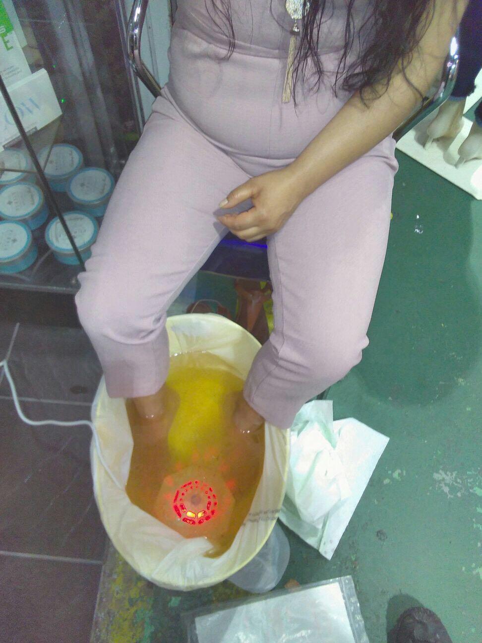 H2 /氢离子足部排毒水疗按摩保健 3