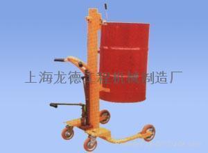 手動液壓油桶搬運車 1