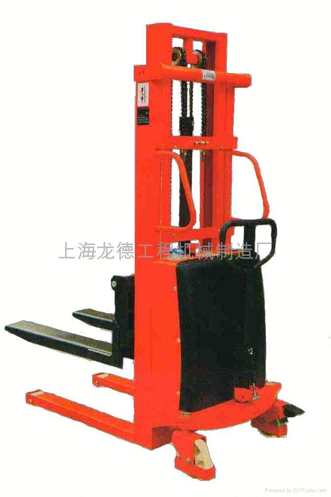 上海龙德半电动堆高车厂家直销 2