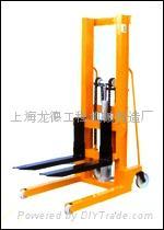 手动液压堆高车 (热门产品 - 1*)