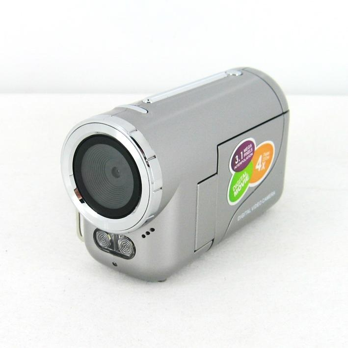 3.1MP mini digital camera with 1.4'' TFT display 4 x digital zoom   1