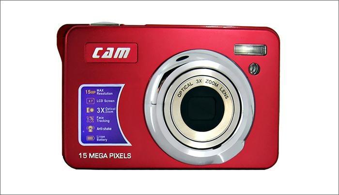 15mp digital camera with 2.7'' TFTdisplay 4x digital zoom 3 x optical zoom  8