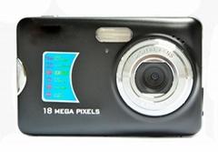 1200万像素数码摄像头,支持2.7''TFT显示屏支持8倍数码变焦锂电池