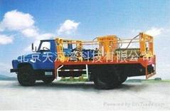 石油勘探运材车