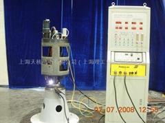 控制棒驅動機構中、下部Ω焊接機