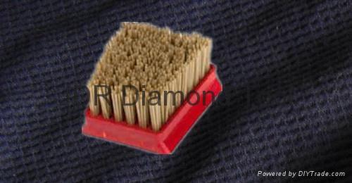Frankfurt diamond brush